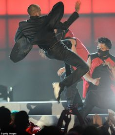 CHRIS BROWN Killed it  in Be and D Wingtip sneakers at the 2013 Billboard Music Awards