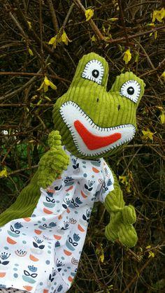 animal Jouet Marionnettes à gaine sewing pattern Chat Chien chouette et grenouille