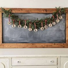 How to make a rustic, pine, Christmas Garland DIY. This rustic Christmas Garland is an easy, affordable, and quick craft project for the holidays! christmas garland Christmas Garland DIY - Angela Marie Made Diy Christmas Snowflakes, Diy Christmas Garland, Country Christmas Decorations, Xmas Decorations, Christmas Holidays, Country Christmas Crafts, Snowflake Garland, Pine Garland, Burlap Christmas