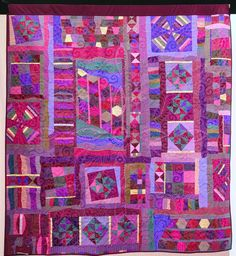 Beezlebub by Linzi Upton. back of quilt . The Festival of Quilts 2017 Handi Quilter, Sampler Quilts, Quilt Festival, Contemporary Quilts, Quilt Patterns, Carpet, Colours, Stitch, Blanket