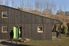 Team Green Architects | Queenstown | Passive House Energy Efficiency, Passive House Design, Timber Cladding, Architect House, Sustainable Architecture, New Builds, Beautiful Space, Architects