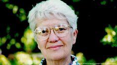Vera Rubin, astrônoma pioneira no estudo da matéria escura morre aos 88 anos  A astrônoma americana Vera Rubin morreu na noite de Natal, aos 88 anos