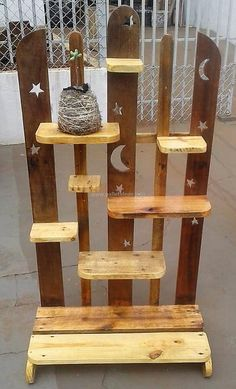 pallet decor art #pallets #woodpallet #palletfurniture #palletproject #palletideas #recycle #recycledpallet #reclaimed #repurposed #reused #restore #upcycle #diy #palletart #pallet #recycling #upcycling #refurnish #recycled #woodwork #woodworking