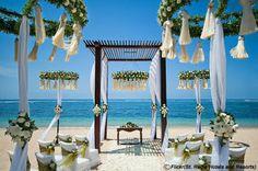 Beach wedding in Philippines