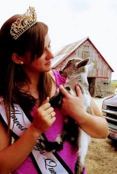 When is a female goat old enough to breed? Female Goat, Goat Care, Pet Health, Livestock, Cattle, Sheep, Goats, Horses, Animals