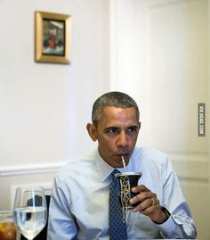 Obama drinking mate in Bariloche Argentina. Yerba Mate, Energy Shots, Barack Obama, Best Funny Pictures, South America, Drinking, Celebrities, People, 9gag Food