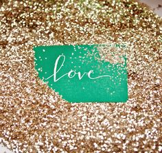 Placing your escort cards in a sea of glitter. Glitter is my favorite color!
