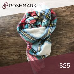 Aerie oversized blanket scarf EUC. aerie Accessories Scarves & Wraps