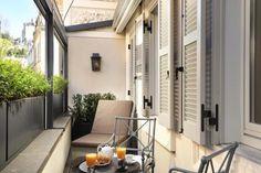 Babuino 181 serviced apartment balcony #Rome