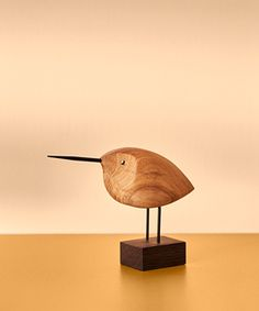 Wood Turning Projects, Wood Projects, Woodworking Projects, Concrete Sculpture, Bird Sculpture, Danish Furniture, Wooden Bird, Wooden Animals, Art Plastique
