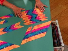 Simply Quilts, Tube Quilts Part Three, Rita Hutchens Tubular Strip Piecing. Patchwork Tutorial, Patchwork Patterns, Quilt Block Patterns, Quilt Blocks, Patchwork Ideas, Quilting Tutorials, Quilting Projects, Quilting Designs, Quilting Tips