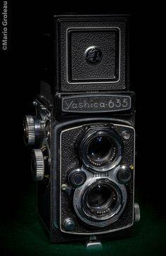 Le Yashica 635 était un appareil hybride, 35mm et 6x6