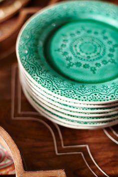 Handcrafted with delicate detailing, a beautiful glaze and an uplifting shade of green, Pier 1's Zoey Dinnerware is right at home on a boho dining table. Even better? This eye-pleasing stoneware is microwaveable and dishwasher-safe.