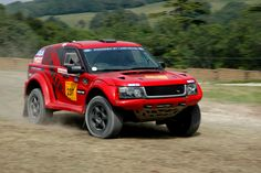#Bowler powered by #LandRover Goodwood Moving Motorshow / Festival of Speed 2012 by Darren_Curtis, via Flickr