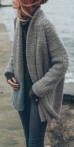 GREAT OVERSIZED SWEATER
