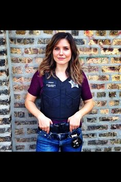 Erin Lindsay Chicago PD. I want to be as kick ass as her when I become a cop