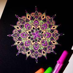 Photo from drawing_in_ice Doodle Art, Mandala Doodle, Henna Mandala, Mandala Drawing, Mandala Painting, Black Paper Drawing, Zentangle Patterns, Zentangles, Mandala Pattern