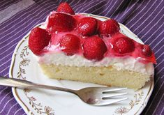 Recept : Jahodový řez s kokosovým krémem | ReceptyOnLine.cz - kuchařka, recepty a inspirace Cheesecake, Food And Drink, Cheesecakes, Cherry Cheesecake Shooters