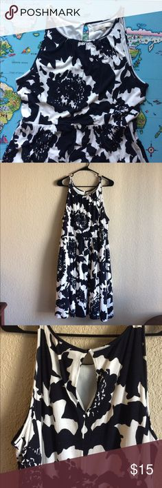 Loft Dress Lovely floral Loft dress. Very good used condition. Pet friendly home. LOFT Dresses