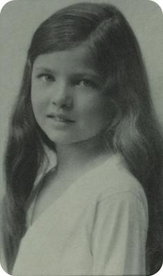 Classic movie actress Gene Tierney, as a child...pretty girl (& she turned into a beautiful woman:)♥