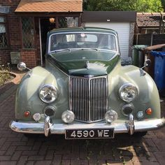 Vintage Cars 1958 Armstrong Siddeley Star Sapphire Saloon Chassis no. 320022 Engine no. to be advised - Vintage Sports Cars, Vintage Cars, Antique Cars, Vintage Stuff, Classic Cars British, British Car, Old Fashioned Cars, Jaguar Daimler, Cars Uk