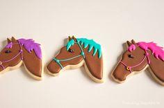 horse cookies Fancy Cookies, Iced Cookies, Cut Out Cookies, Cute Cookies, Royal Icing Cookies, Cupcake Cookies, Cupcakes, Cookies Et Biscuits, Cookie Favors