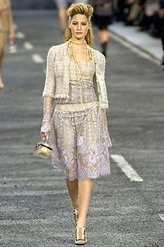 Chanel - Fall 2004 Ready-to-Wear