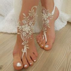 lace-pearl-beach-sandals-square