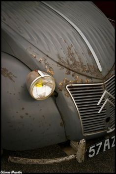 ...Aaaaw my 2CV, please let it appear out of the smoke of a  dream dragon's nostral....