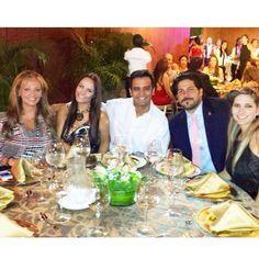 Robcela is LOVE. @analuciado: Festejando el aniversario del #sandwichqbano en #Cali con @cardenasjorgee @ROBERTO_CANO