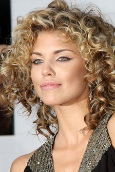 layered medium curly hair