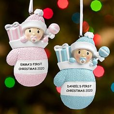 Shop baby's first Christmas ornaments to find unique photo, picture frame and personalized baby ornaments to celebrate a new family addition. #Christmasornaments #BabysFirstChristmasOrnaments #Christmas #ornaments Polymer Clay Christmas, Baby First Christmas Ornament, Baby Ornaments, Christmas Ornament Crafts, Babies First Christmas, Holiday Crafts, Christmas Ideas, Homemade Ornaments, Christmas Patterns