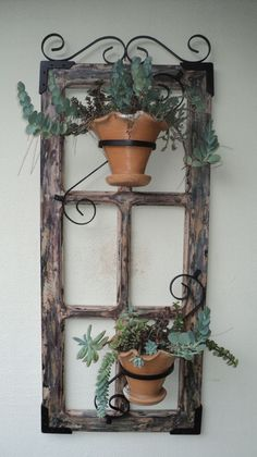 On A Budget DIY Projects Pallet Garden Design Ideas,indoor jungle,Small Spaces Garden ideas,Plant sh Old Window Decor, Old Door Decor, Old Window Frames, Old Window Projects, Decoration Plante, Diy Garden Projects, Pallet Projects, Garden Ideas, Diy Pallet