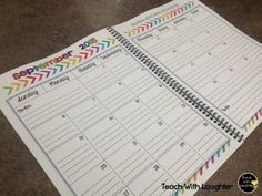FREE Editable 2015-2016 teacher calendar