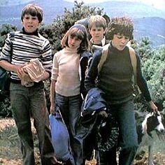 Le Club Des Cinq, purée oui je m'en souviens aussi ils leur arrivaient toujours des trucs, j'adore