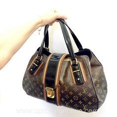 8fcf1d2807fe Divine limited edition runway 3007  LouisVuitton ombre monogram bag to buy  click on insta photo