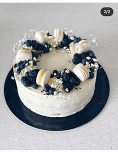 Pretty Cakes, Cute Cakes, Yummy Cakes, Beautiful Birthday Cakes, Beautiful Cakes, Amazing Cakes, Birthday Cake Decorating, Cake Decorating Tips, Bolo Glamour