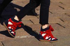 Balskee Moda Sneakers, Sneakers Mode, Cheap Sneakers, Sneakers Fashion, Fashion Shoes, Milan Fashion, Street Fashion, Wedge Sneakers Style, Hidden Wedge Sneakers