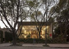 Fernanda Canales and Arquitectura 911sc, library in Mexico City