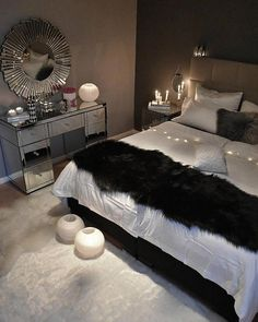Bedroom ideas for modern to rustic schemes. Tips and tricks for creating a master bedroom decor. Dream Bedroom, Master Bedroom, Dream Rooms, Girls Bedroom, Bedroom Inspo, Home Decor Bedroom, Bedroom Ideas, Bedroom Designs, Decoration Inspiration