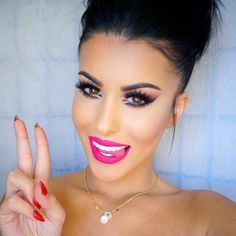 """✌️ Oh so PRETTY @amrezy wearing ~PinkyPromise~ liquid matte lipstick. #doseofcolors"""