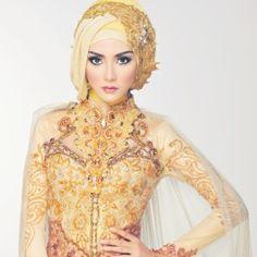Kebaya Hijab on Pinterest | Kebaya Muslim, Kebaya Modern ...