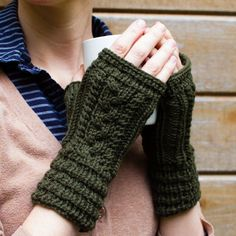 Beginner and intermediate knitting patterns from adKnits. Find simple knitting patterns for hats, cowls, and mittens. Easy Knitting Patterns, Knitting Kits, Simple Knitting, Knitting Projects, Knit Mittens, Knitted Gloves, Fingerless Mitts, Circular Knitting Needles, How To Purl Knit