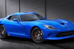 2015 Dodge Viper /// It may be less powerful than a Hellcat, but Dodge's 2015 Viper is still venomous