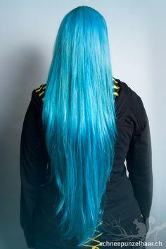 Bunte Farben - SchneePunzel - professionelle Haarverlängerungen und Dreadlocks Elegant, Dreadlocks, Long Hair Styles, Beauty, Blue Nails, Professional Hair Extensions, Classy, Chic, Long Hair Hairdos