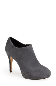 Free shipping and returns on Vince Camuto 'Elvin' Bootie at Nordstrom.com. A low-cut topline keeps time with the trends on a rounded-toe bootie with a sleek, uncomplicated silhouette.