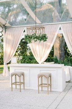 We are a luxury Charleston wedding planner. A Charleston Bride by Melissa Williams, one of the top wedding planners in the world. Bar Set Up, Mod Wedding, Dream Wedding, Wedding Bells, Wedding Venues, Wedding Reception, Wedding Backyard, Tent Wedding, Wedding Ideas