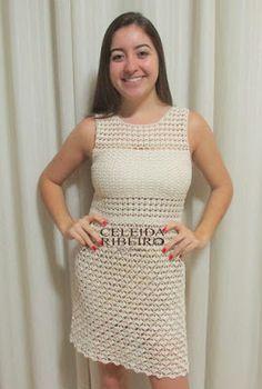 Vestido em crochê, tecido com o maravilhoso fio Esterlina da Costs Corrente( o meu preferido)  Modelo criado por mim: Celeida Ribeiro.   Tam...