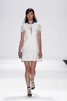 Vivienne Tam Ready To Wear Spring Summer 2015 New York