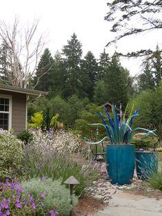 Source Of Garden Art: Seattle Glass Artist Jesse Kelly  Www.jessekellyglass.com
